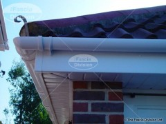 white-tongue-and-groove-soffits-with-round-guttering